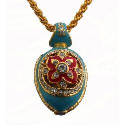 Pendentif Oeuf de Fabergé Bleu Turquoise Trèfle Couronnée de nombreux Cristaux Swarovski Elements et sa Chaîne Plaquée Or