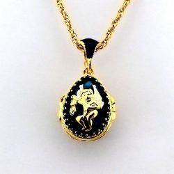 Pendentif Ouvrant Angelot Messager à la Trompette Oeuf de Fabergé Bleu Saphir et sa chaîne