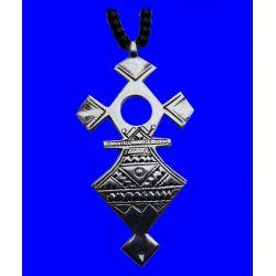 """Grande Croix du Sud Touareg """"Takadea"""" en argent massif (""""teneghelt"""") avec collier à billes en Onyx TOU02"""