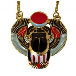 Pendentif Egyptien Scarabée et sa chaîne.