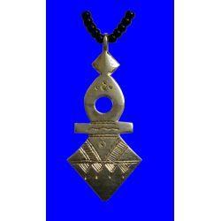"""Croix du Sud Touareg d'Agadez """"Timia"""" en argent massif (""""teneghelt"""") avec collier à billes en Onyx TOU03"""