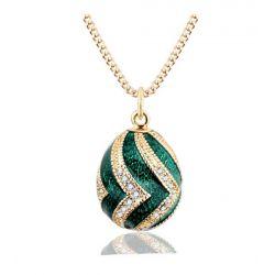 Pendentif Oeuf Style Fabergé Vert Ondulations Or et Cristaux avec sa chaîne OE55